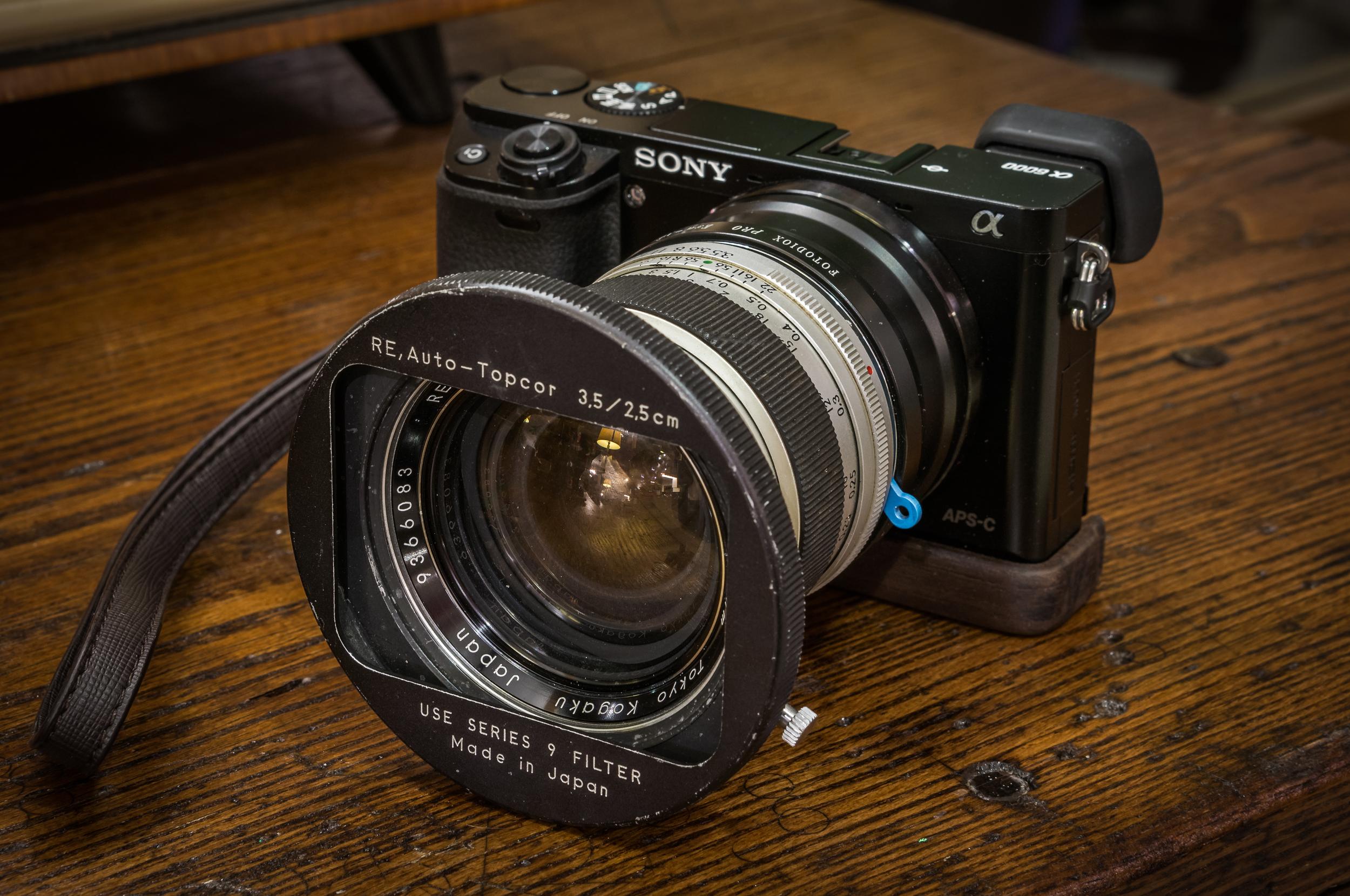 Topcon re. Auto-Topcor 35mm f3.5 vs, Sony a6000