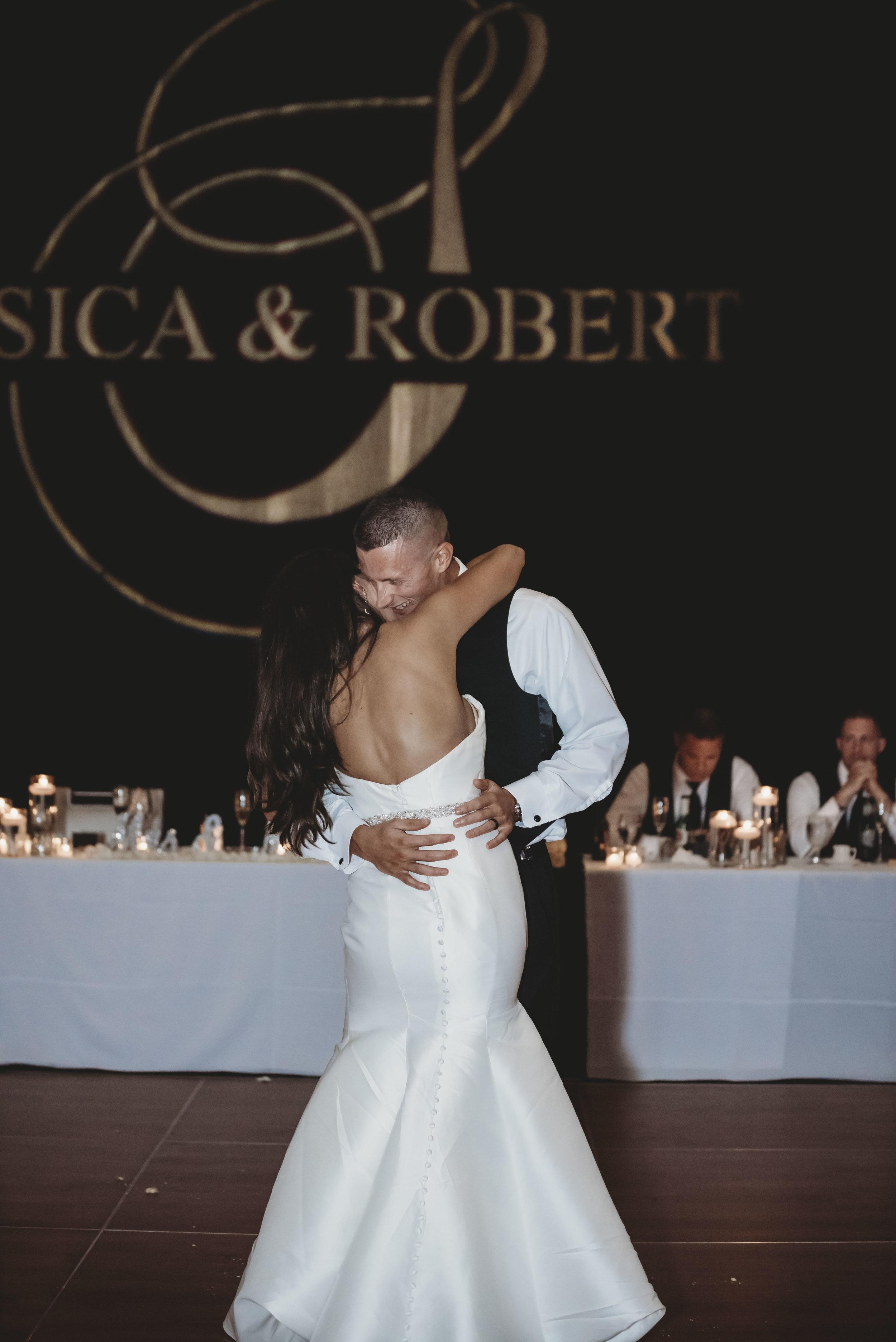 Robert + Jessica A (944).jpg