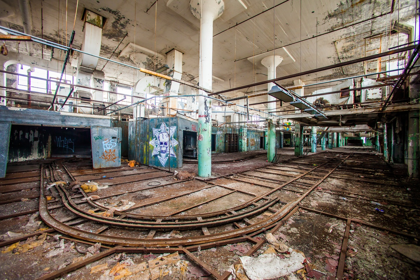 A factory left to rust. Its workers are gone. – Image Credit: Thomas Hawk