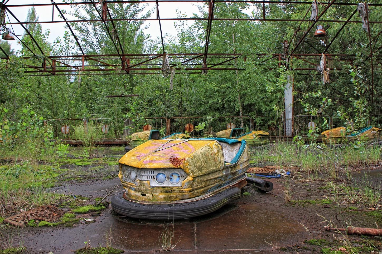 Abandoned playpark in Pripyat. Robarmstrong2/pixabay