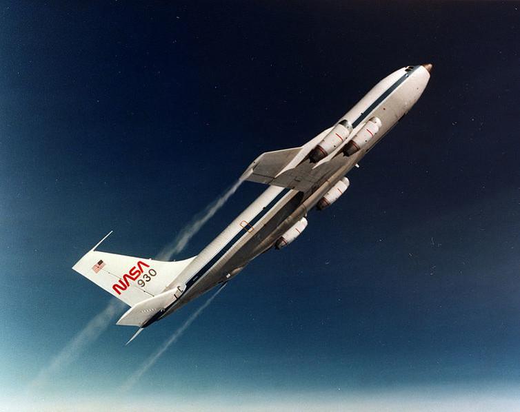 NASA parabolic flight. – Image Credit: NASA