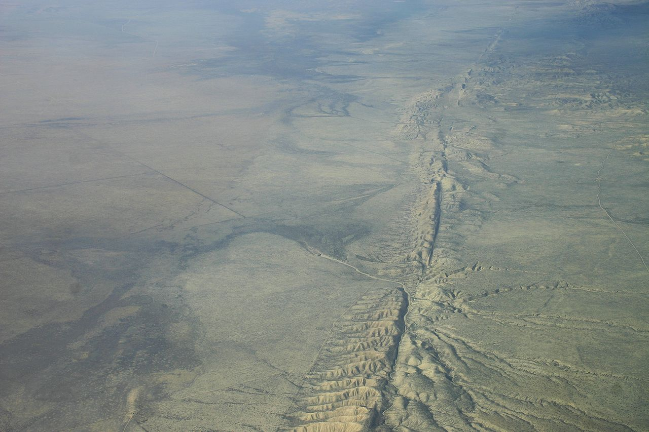 San Andreas Fault in the Carrizo Plain, aerial view from 8,500 feet altitude. - Image Credit:Ikluft/WikimediaCommons