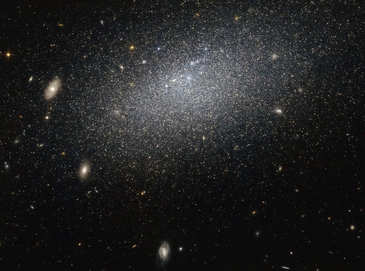Image Credit: NASA/ESA