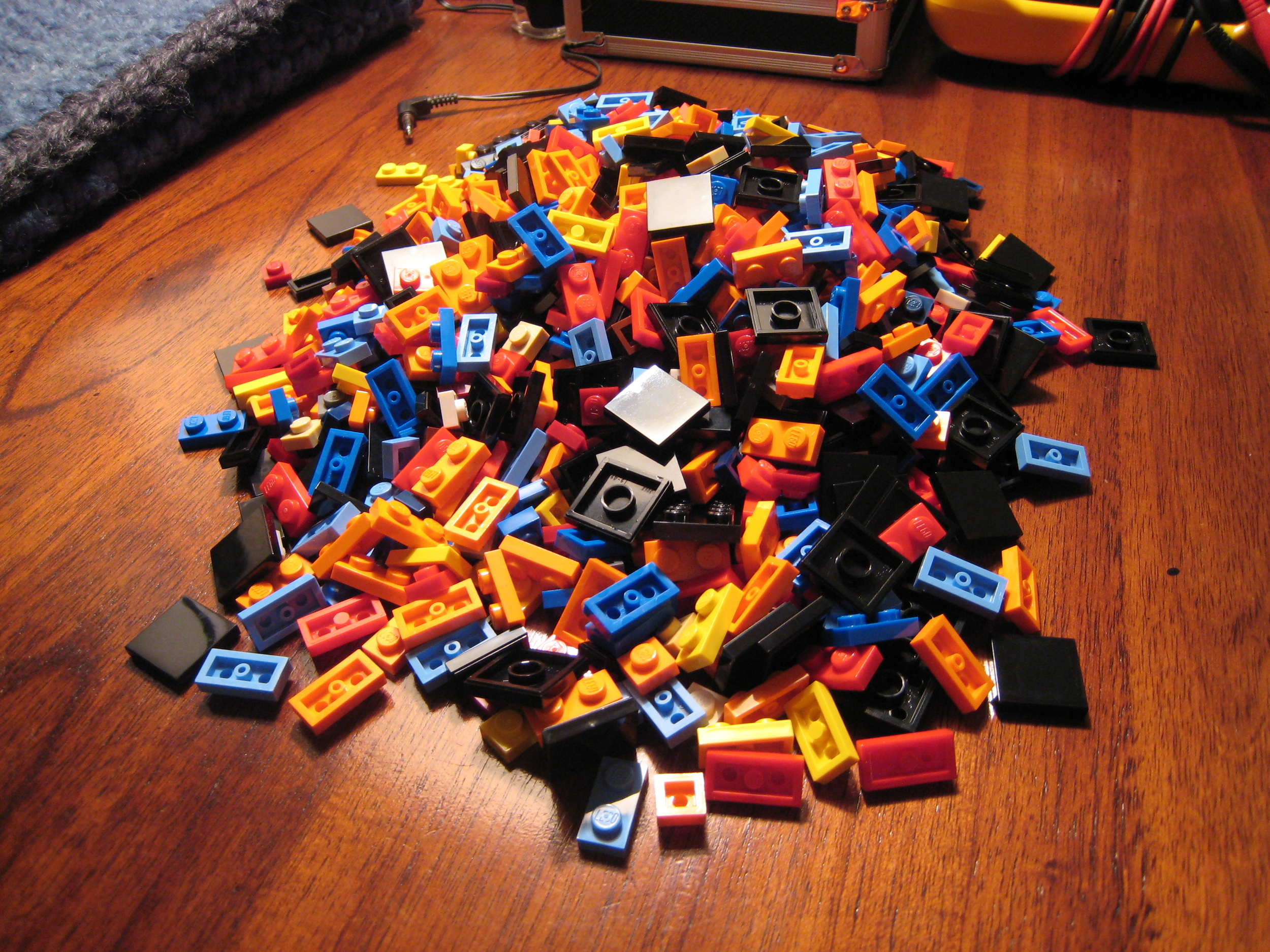 Materials science has lots of options for building. - Image Credit: dolske/flickr , CC BY-SA
