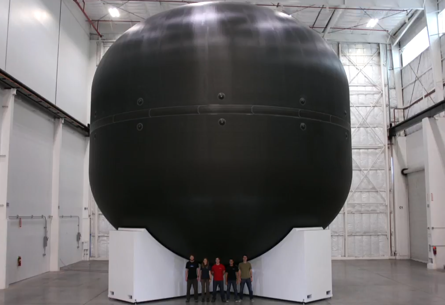 The ITS requires huge fuel tanks, one of which is seen here at SpaceX's production facility. Image: SpaceX