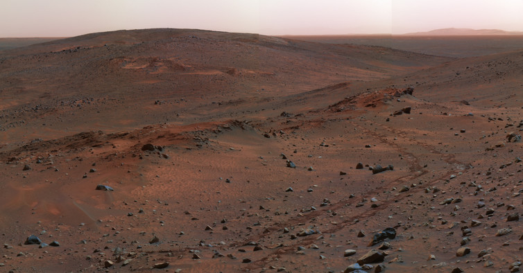 Panorama view of the Gusev crater on Mars, where the Spirit rover examined volcanic basalts. - Image Credit: NASA/JPL