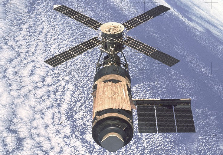 Skylab, America's First manned Space Station. Photo taken by departing Skylab 4 crew in Feb. 1974. - Image Credit: NASA