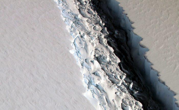 The rift in the Larsen C Ice Shelf. - Image Credit: NASA/John Sonntag