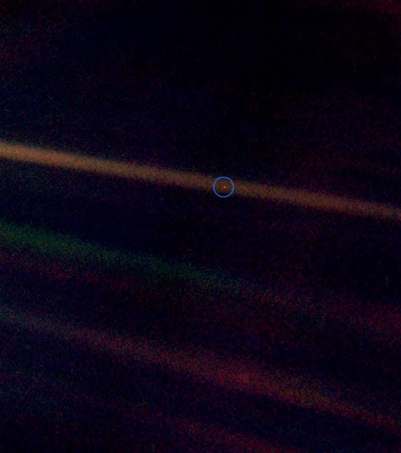 """The """"pale blue dot"""" of Earth captured by Voyager 1 spacecraft on Feb 14th, 1990. - Image Credit: NASA/JPL"""