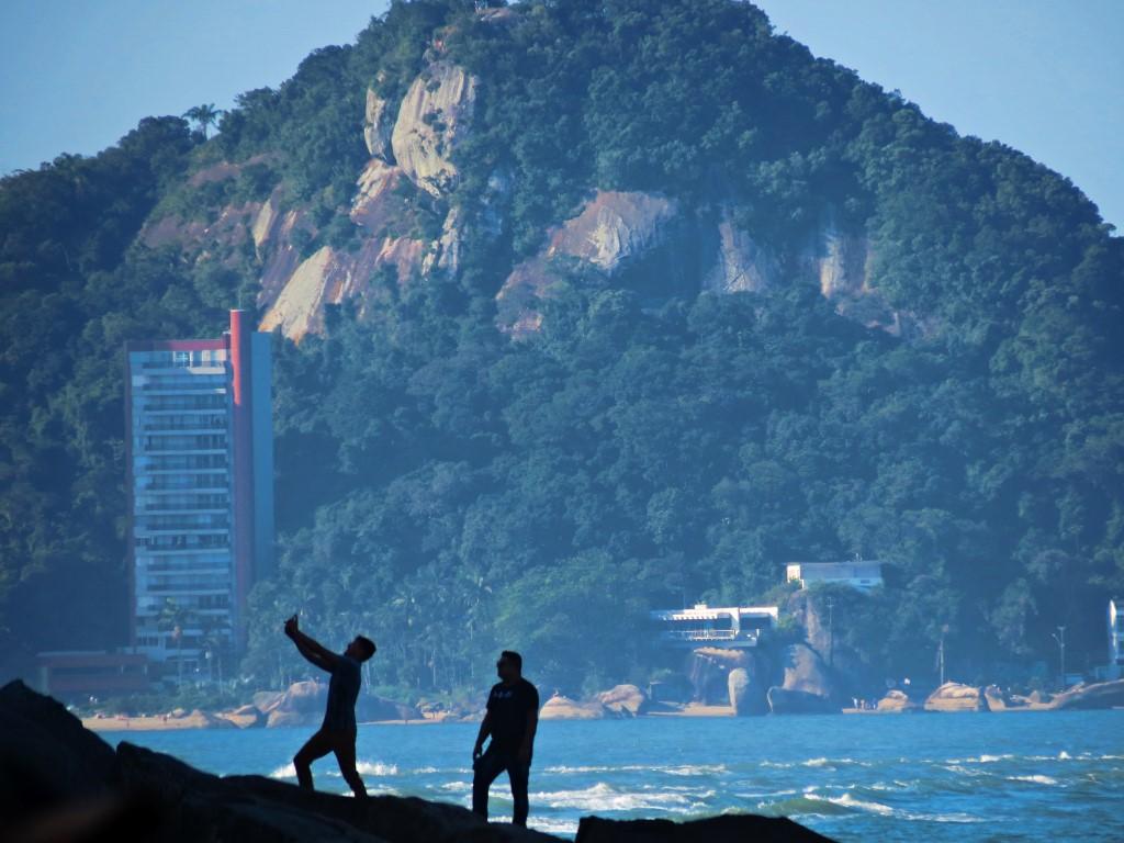 Travel is getting cheaper, but more carbon-intensive - Image Credit:  Renato Podestá Castilho via flickr