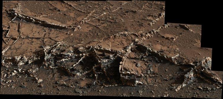 Mineral veins on Mars seen by Curiosity. - Image Credit: NASA/JPL-Caltech/MSSS