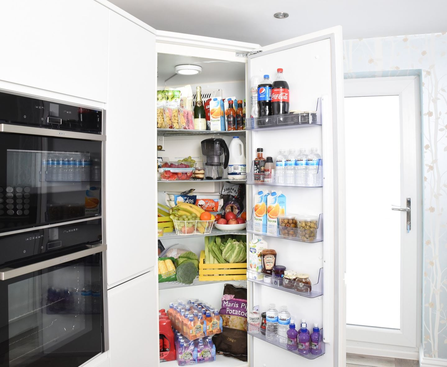 Don't delay – put it in the fridge as soon as you can - Image Credit:  difisher via pixabay