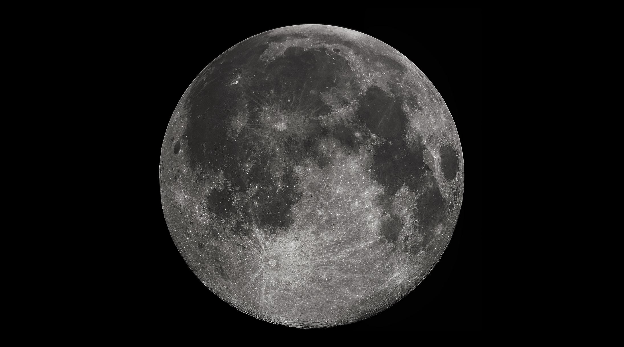 What will China discover on the far side of the moon? - Image Credit:  Gregory H. Revera via Wikimedia Commons