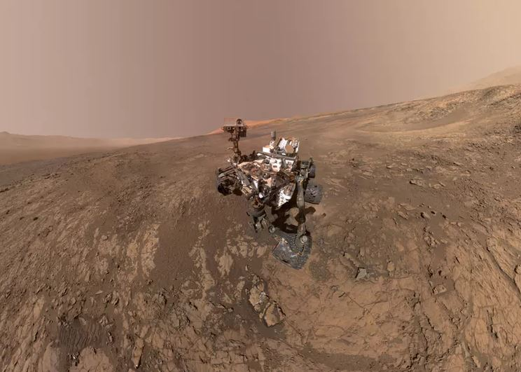 Curiosity at Gale Crater. - Image Credit: NASA/JPL-Caltech/MSSS