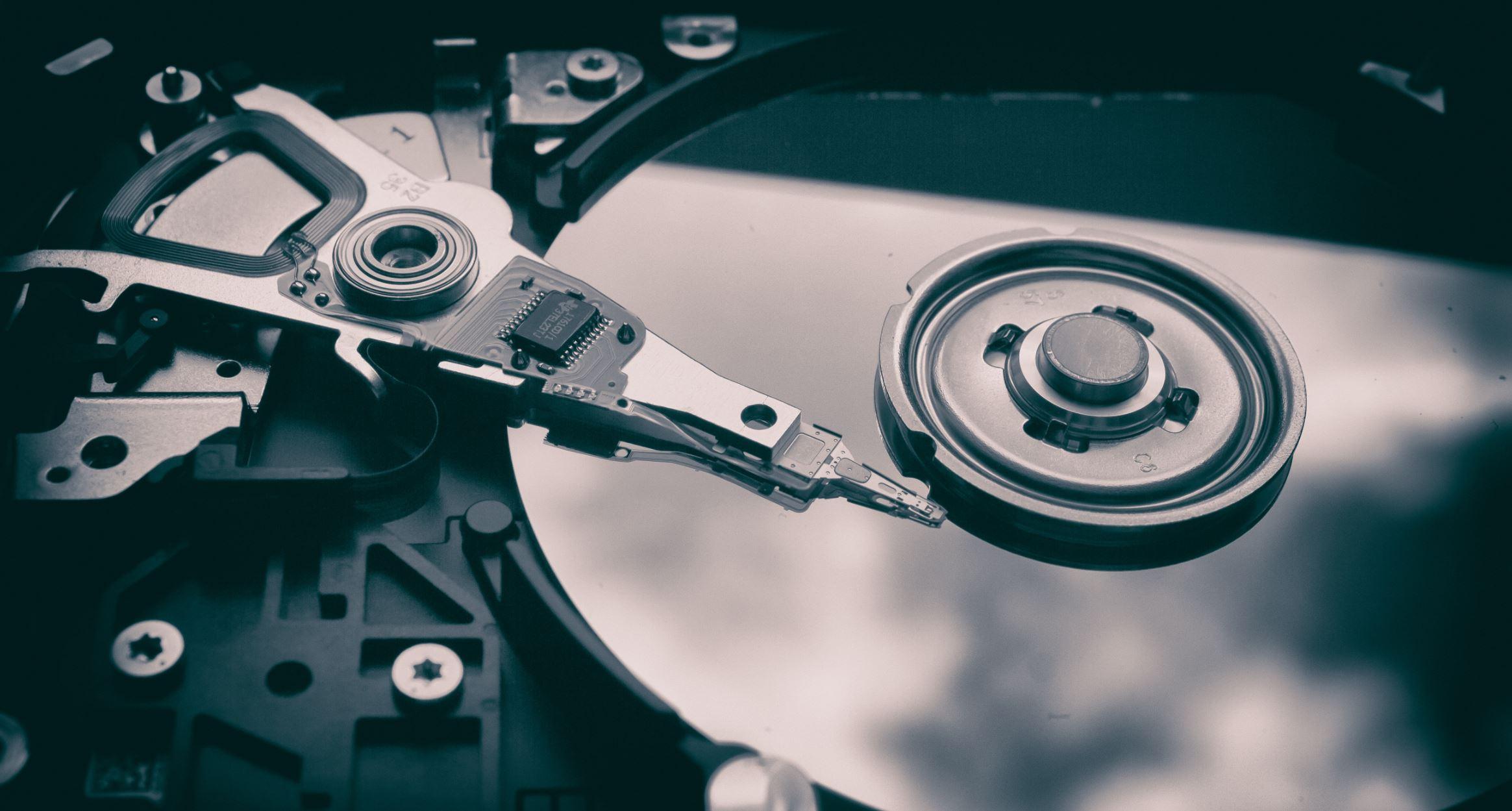 An old fashioned hard drive - Image Credit:  Patrick Lindenberg via Unsplash