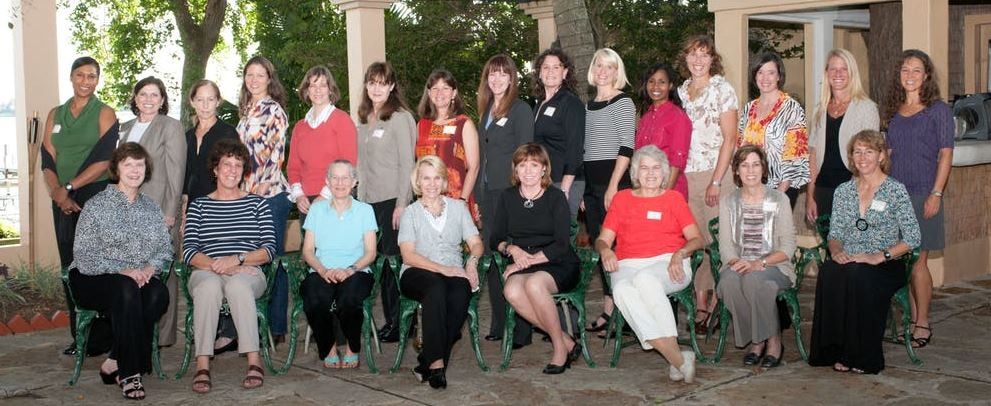 Gathering of female astronauts and Johnson Space Center's former director and its first female director. Seated (from left): Carolyn Huntoon, Ellen Baker, Mary Cleave, Rhea Seddon, Anna Fisher, Shannon Lucid, Ellen Ochoa, Sandy Magnus. Standing (from left): Jeanette Epps, Mary Ellen Weber, Marsha Ivins, Tracy Caldwell Dyson, Bonnie Dunbar, Tammy Jernigan, Cady Coleman, Janet Kavandi, Serena Aunon, Kate Rubins, Stephanie Wilson, Dottie Metcalf-Lindenburger, Megan McArthur, Karen Nyberg, Lisa Nowak. - Image Credits:  NASA-JSC