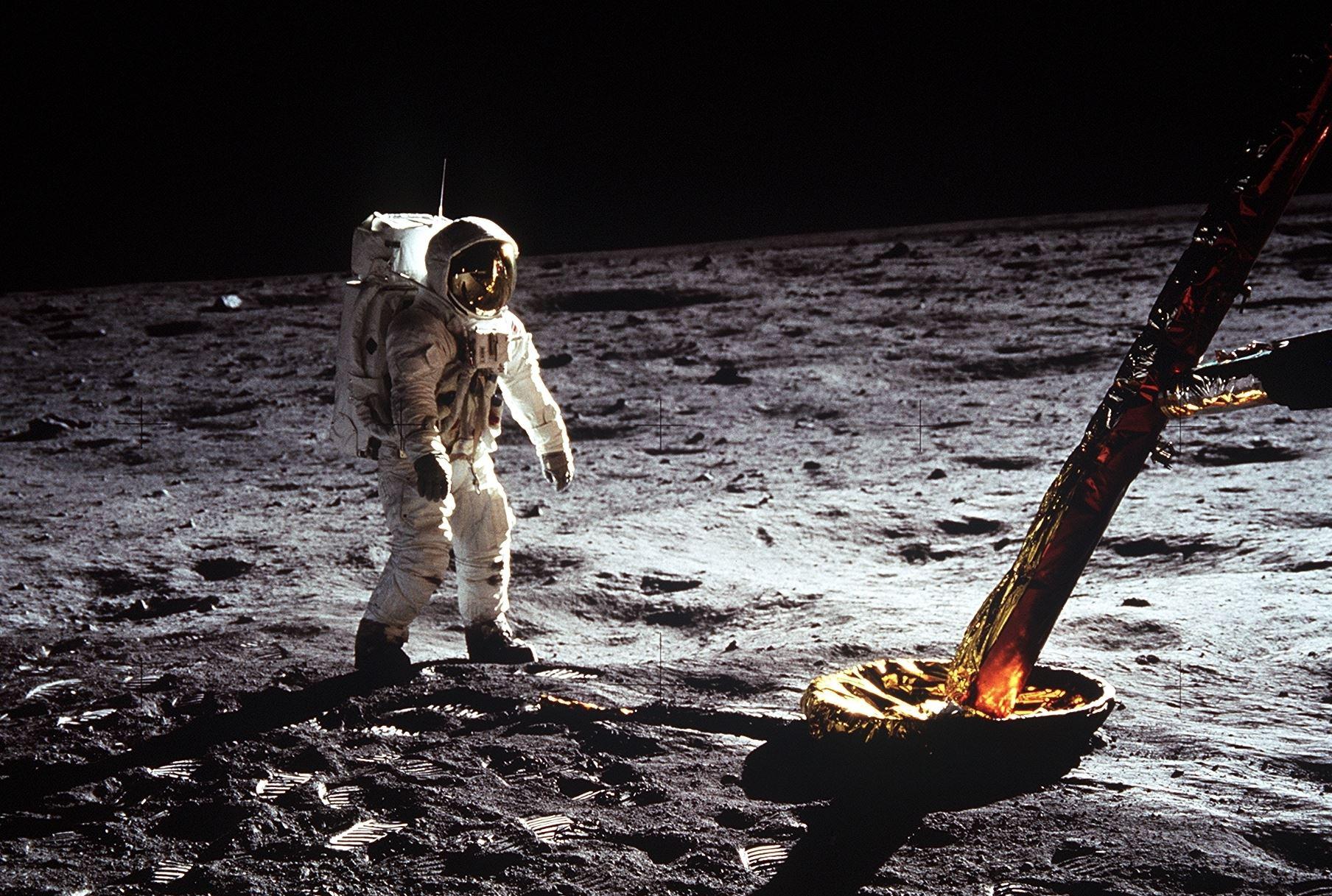 Astronaut Buzz Aldrin walks on the surface of the Moon near a leg of the lunar module during Apollo 11.- Image Credit: NASA