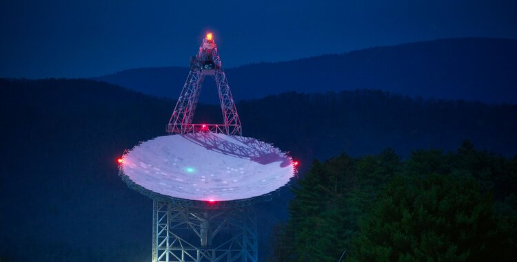 The researchers used the Green Bank Telescope in West Virginia - Image Credit:  Jiuguang Wang via flicker  / HDR tune by  Universal-Sci  -  (CC BY-SA 2.0)  (This image is also used as the banner image for this article)