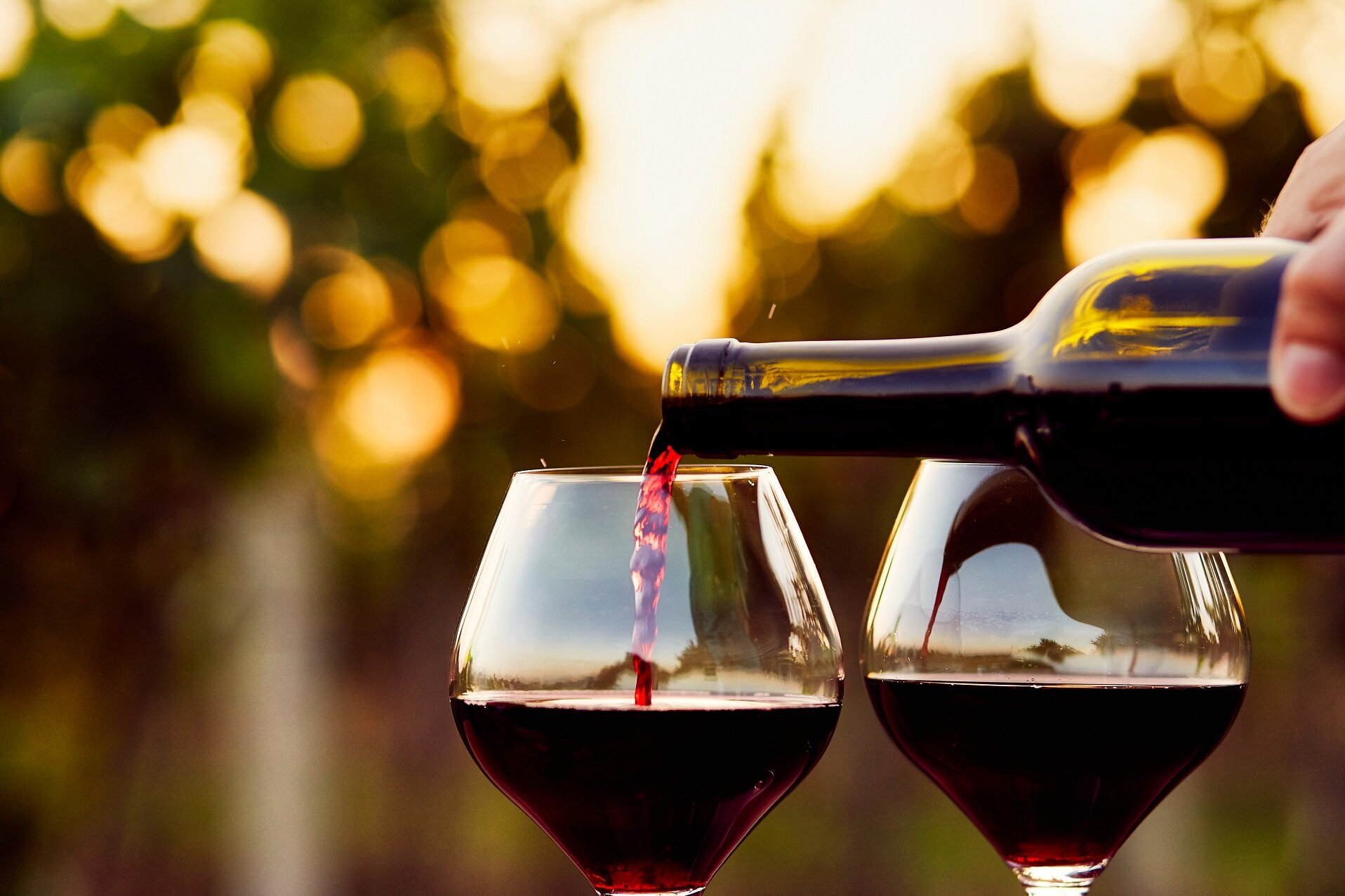 Final goal achieved - a perfectly-aged glass of wine, ready to imbibe - Image Credit: RostislavSedlacek via Shutterstock - HDR tune by Universal-Sci