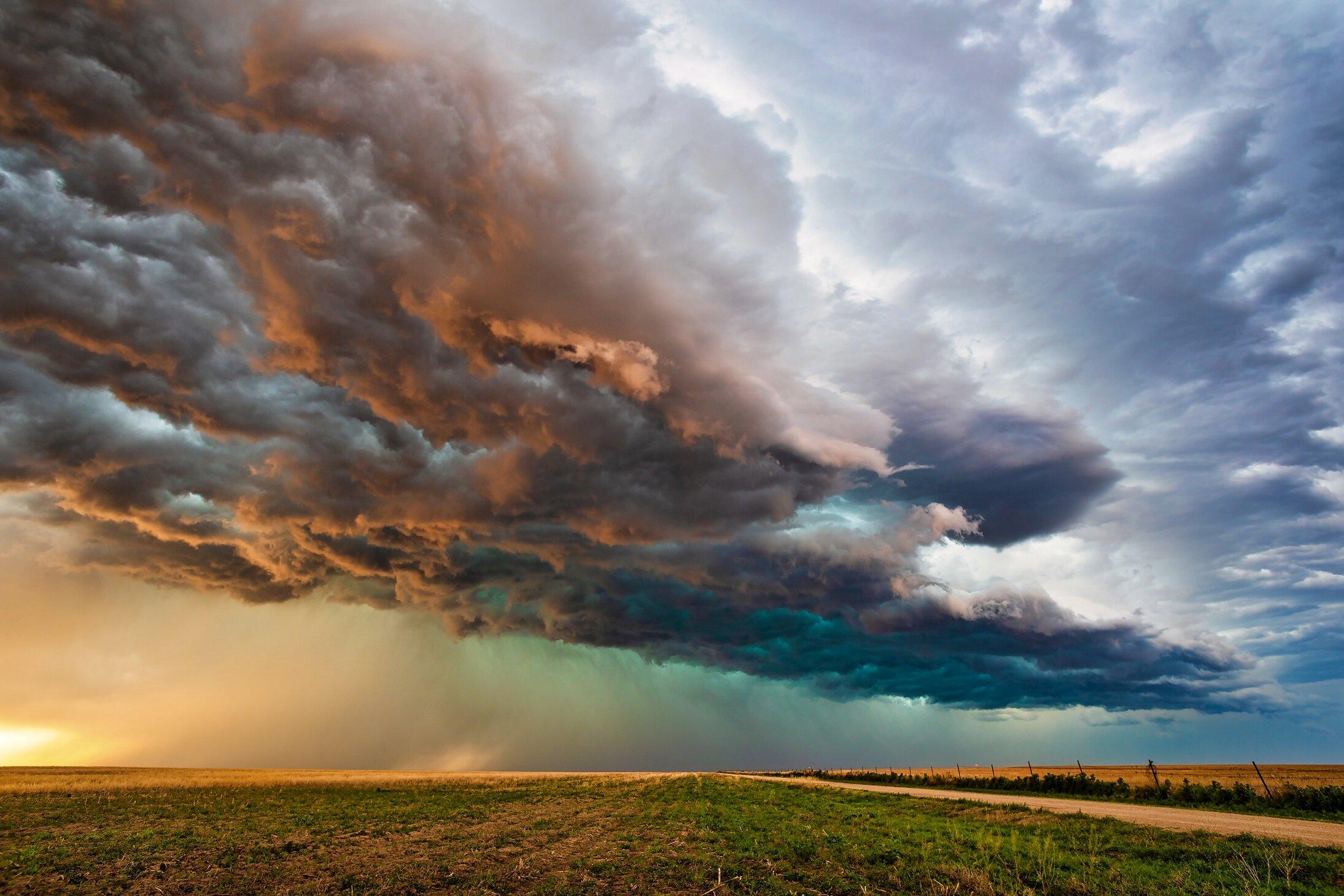 Incoming thunderstorm.jpg