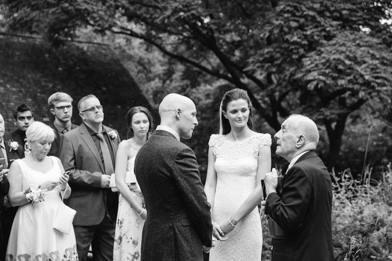 Shakespeare-garden-central-park-intimate-wedding-44.jpg