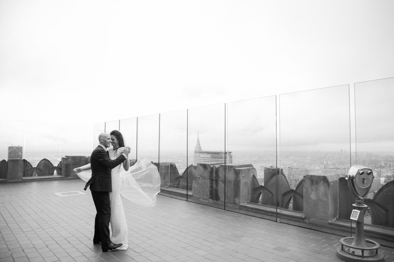 Shakespeare-garden-central-park-intimate-wedding-146.jpg