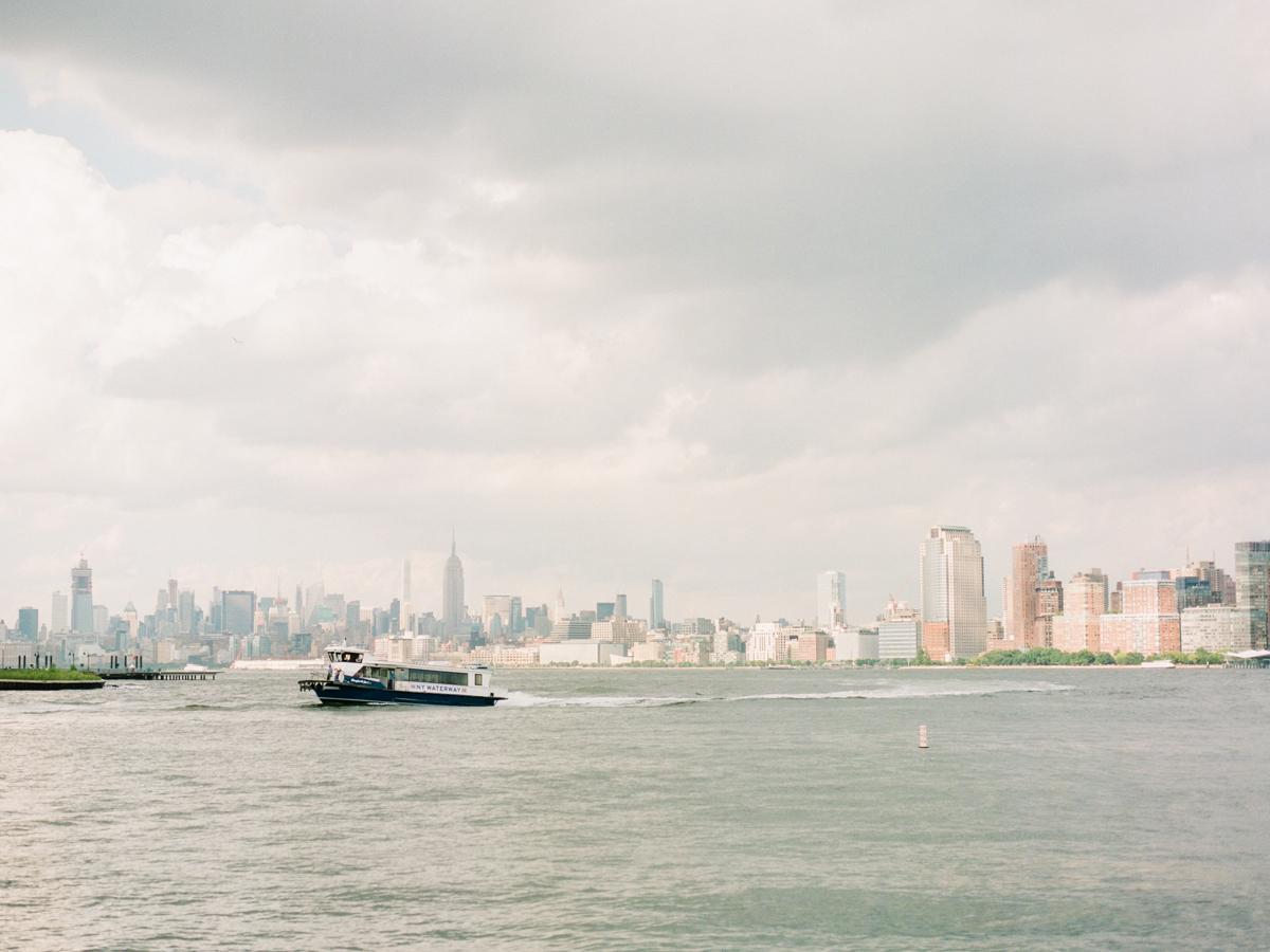 NYC-skyline-engagement-session-by-Tanya Isaeva-1.jpg