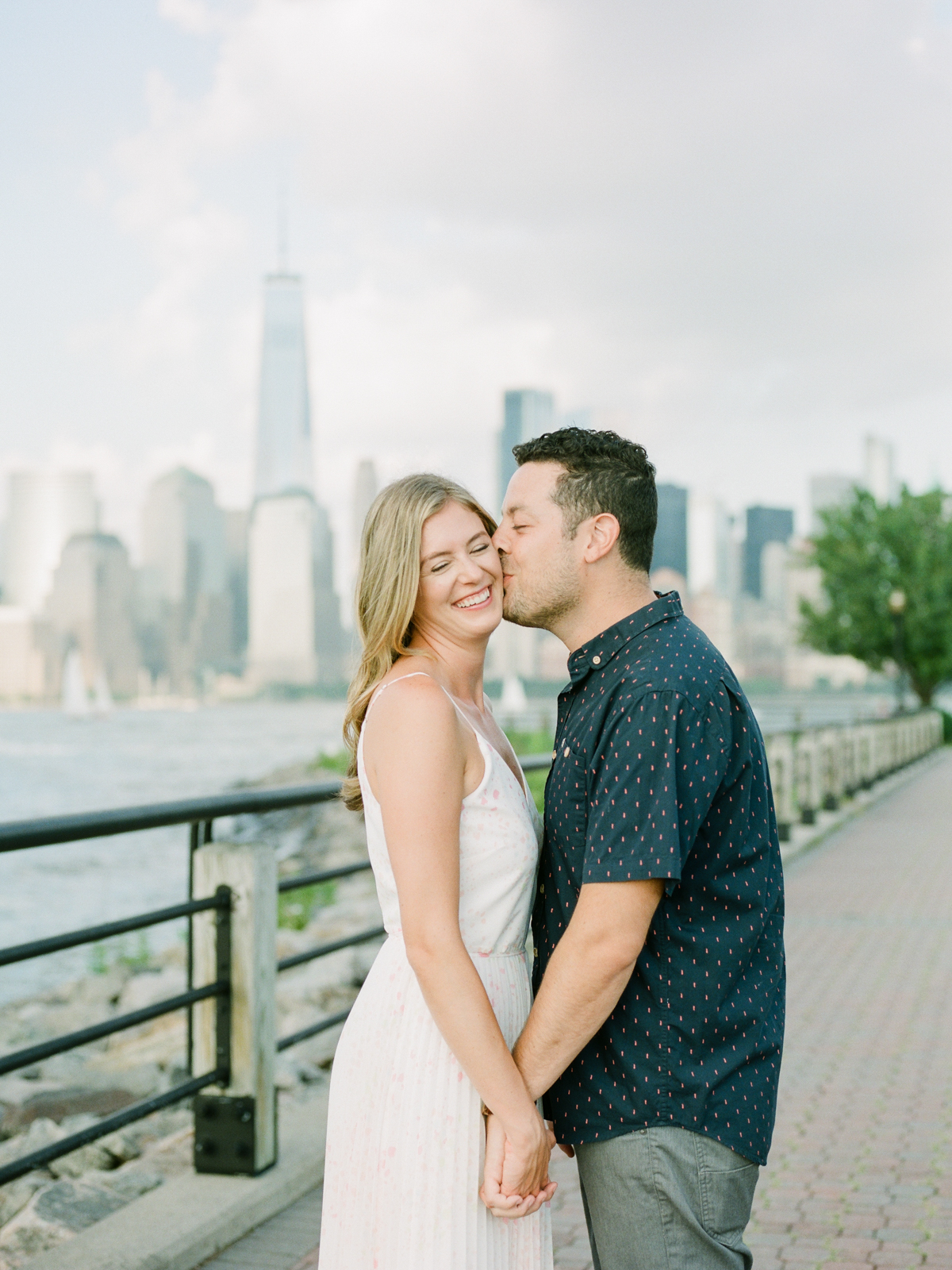NYC-skyline-engagement-session-by-Tanya Isaeva-9.jpg