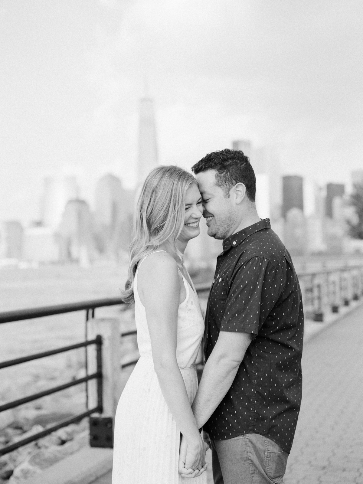NYC-skyline-engagement-session-by-Tanya Isaeva-10.jpg