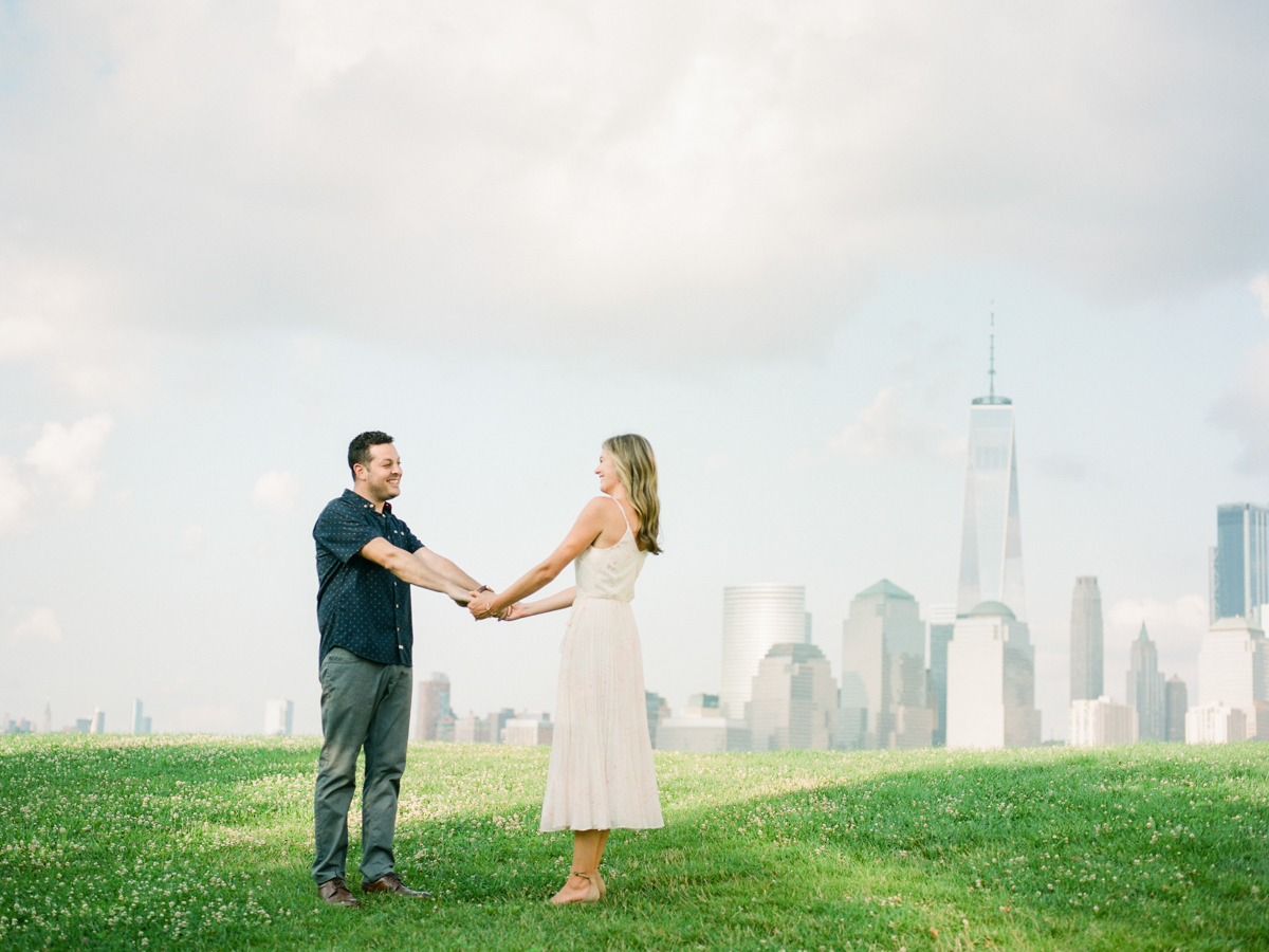 NYC-skyline-engagement-session-by-Tanya Isaeva-21.jpg