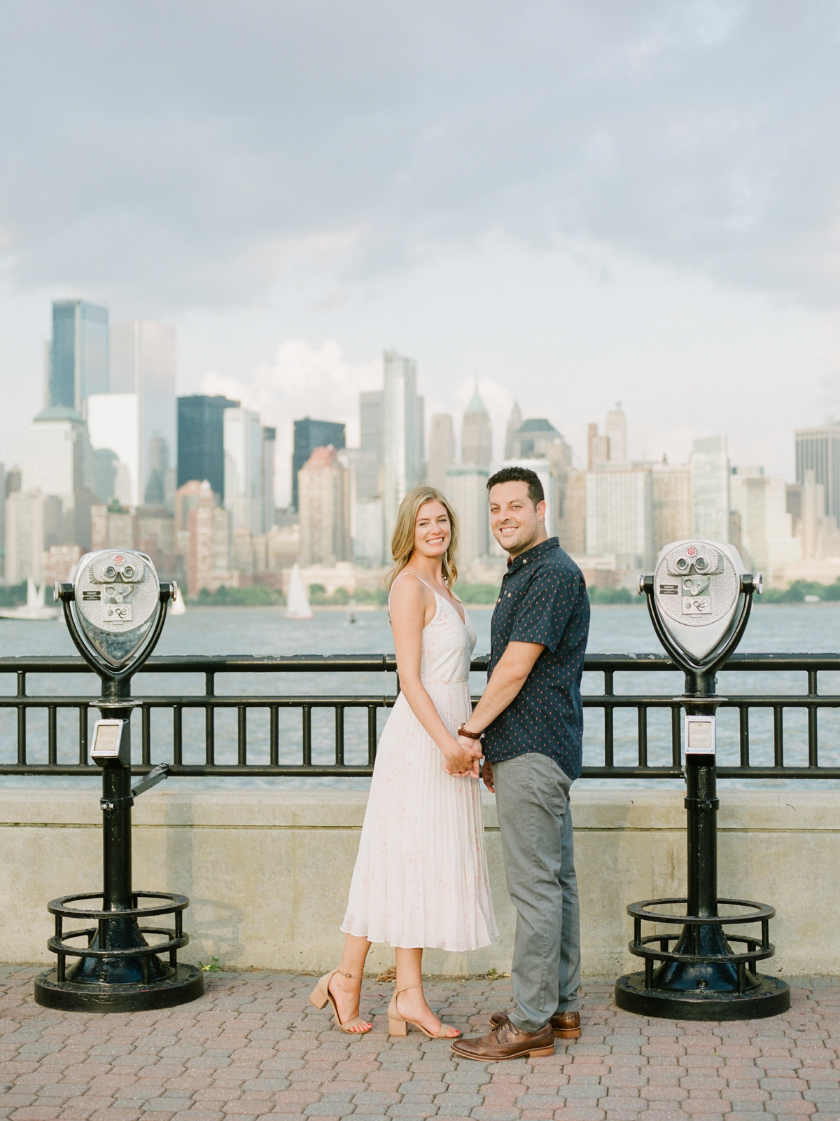 NYC-skyline-engagement-session-by-Tanya Isaeva-29.jpg
