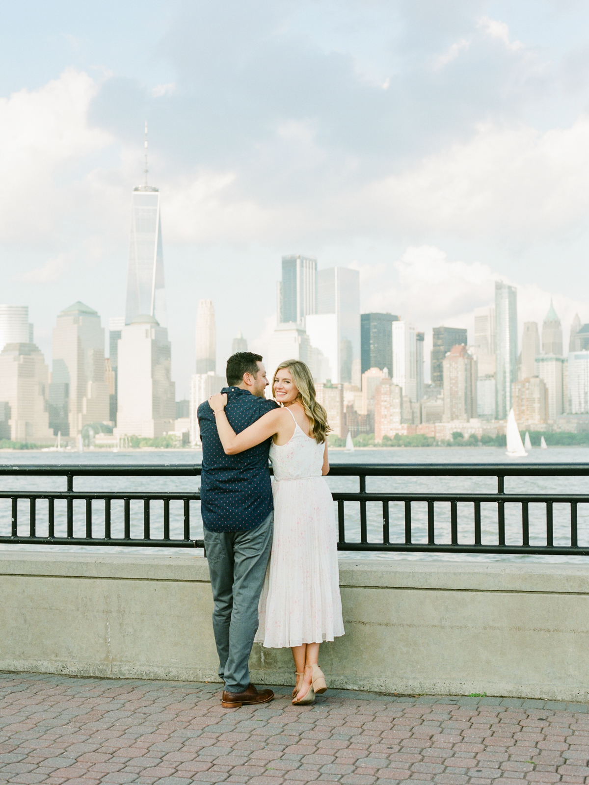 NYC-skyline-engagement-session-by-Tanya Isaeva-40.jpg