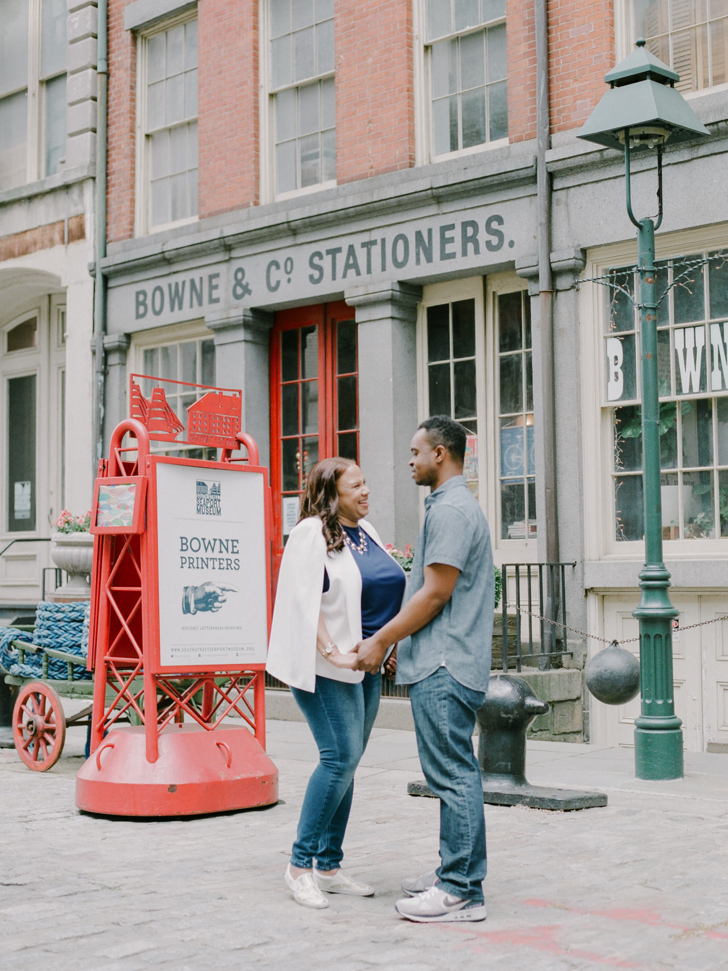 NYC-South-street-seaport-engagement-session-1.jpg