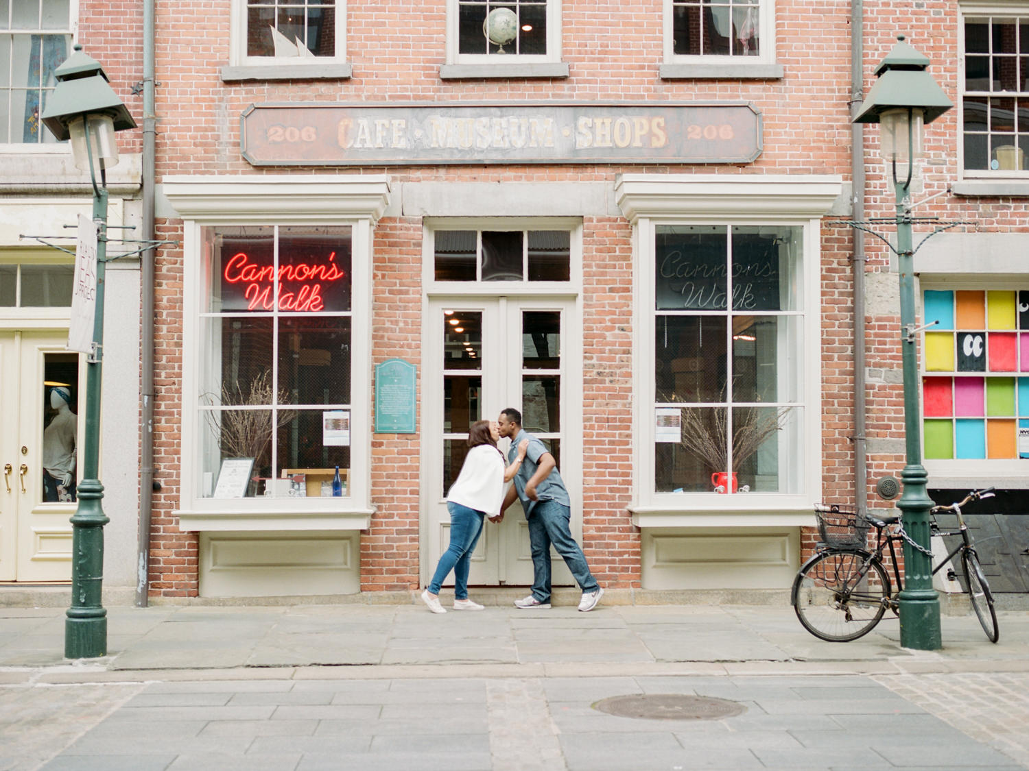 NYC-South-street-seaport-engagement-session-24.jpg
