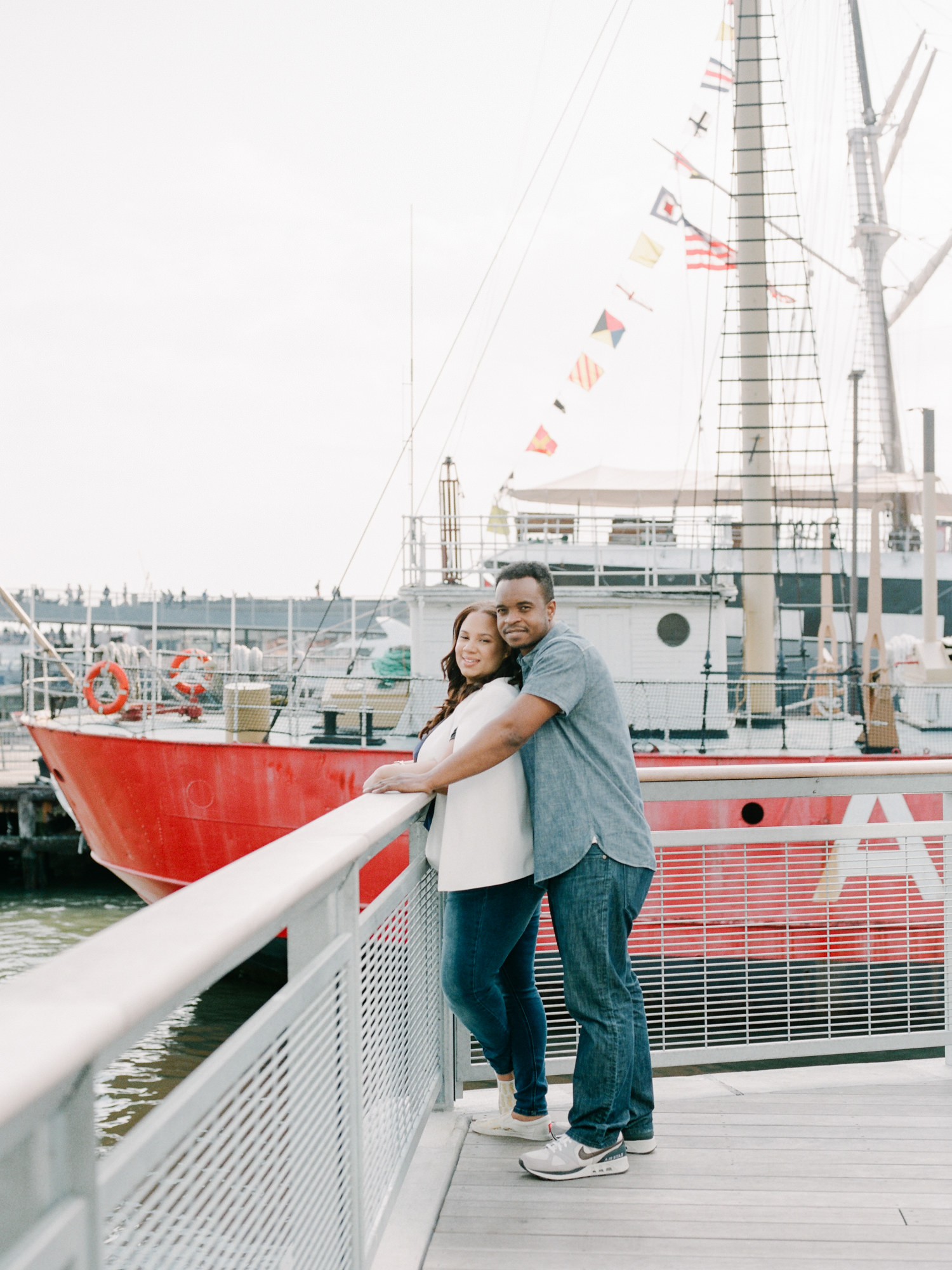 NYC-South-street-seaport-engagement-session-36.jpg