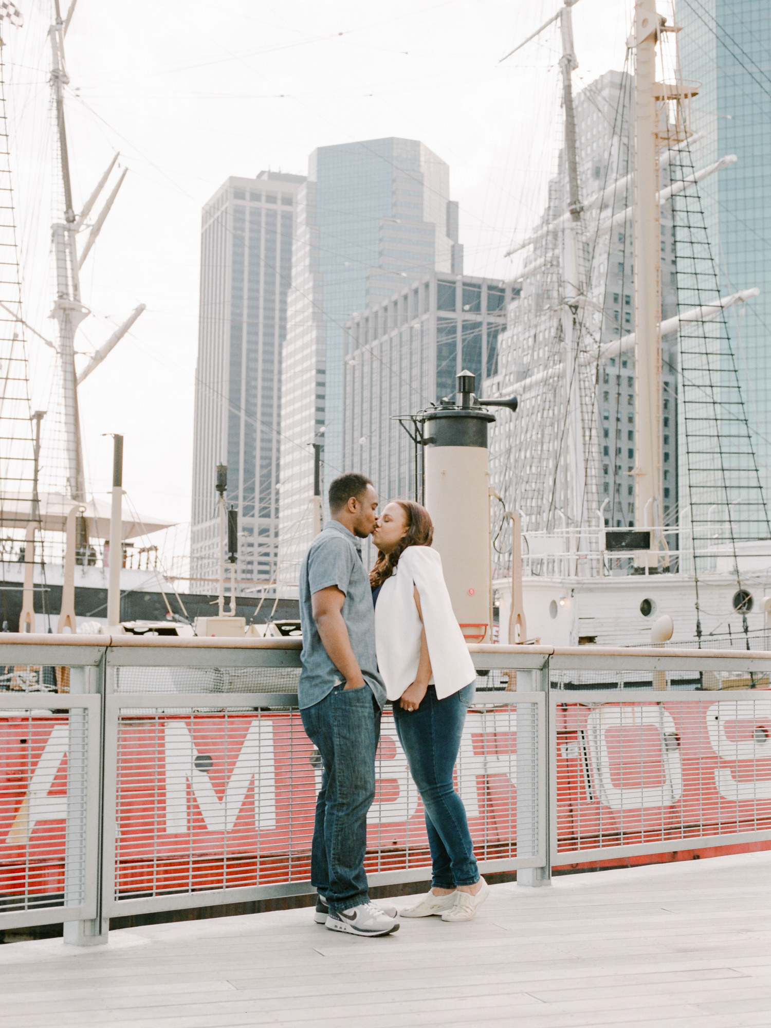 NYC-South-street-seaport-engagement-session-43.jpg