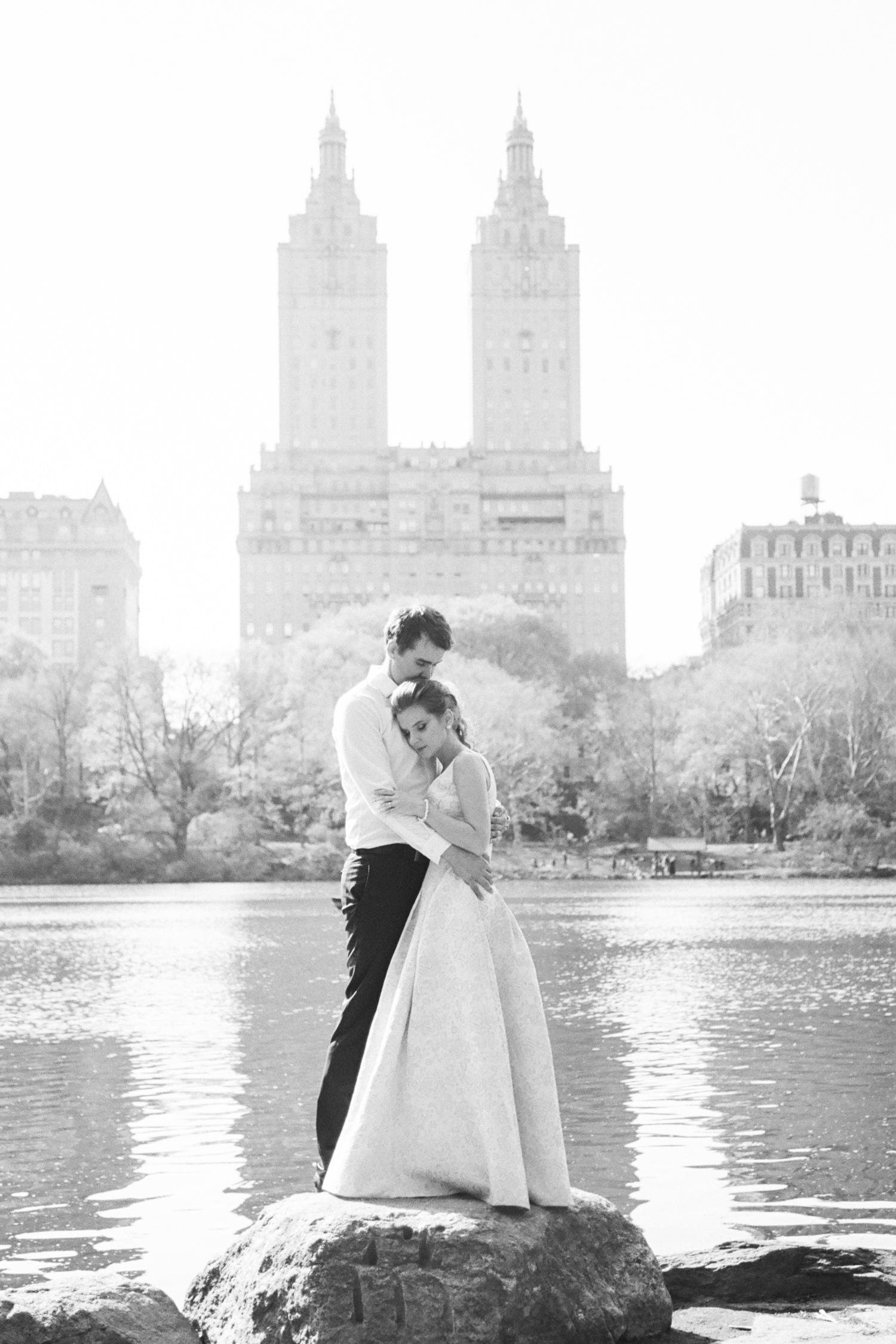 NYC-Central-park-elopement-L&B-49.jpg