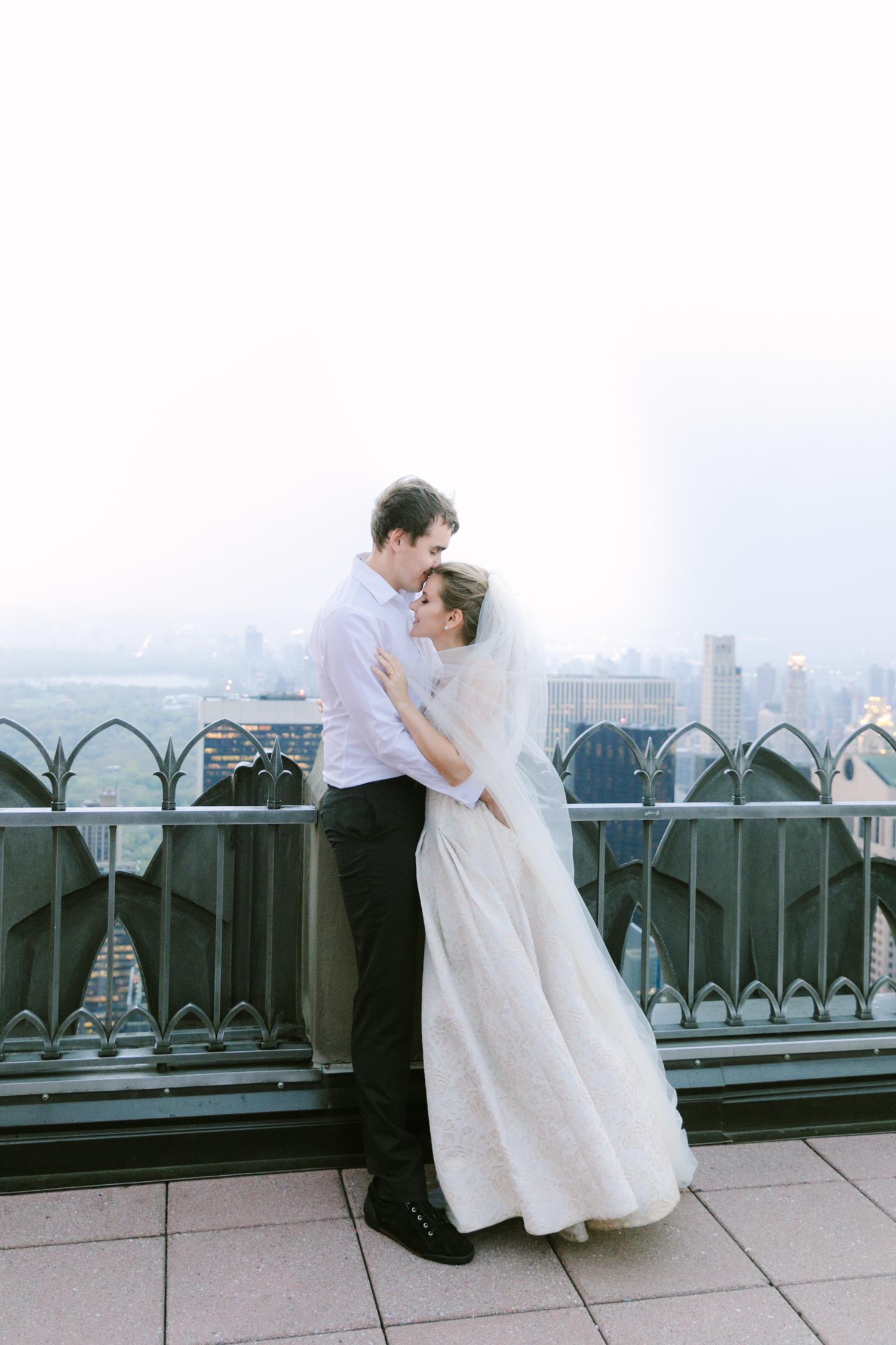 NYC-Top-of-the-Rock-wedding-photos-L&B-23.jpg