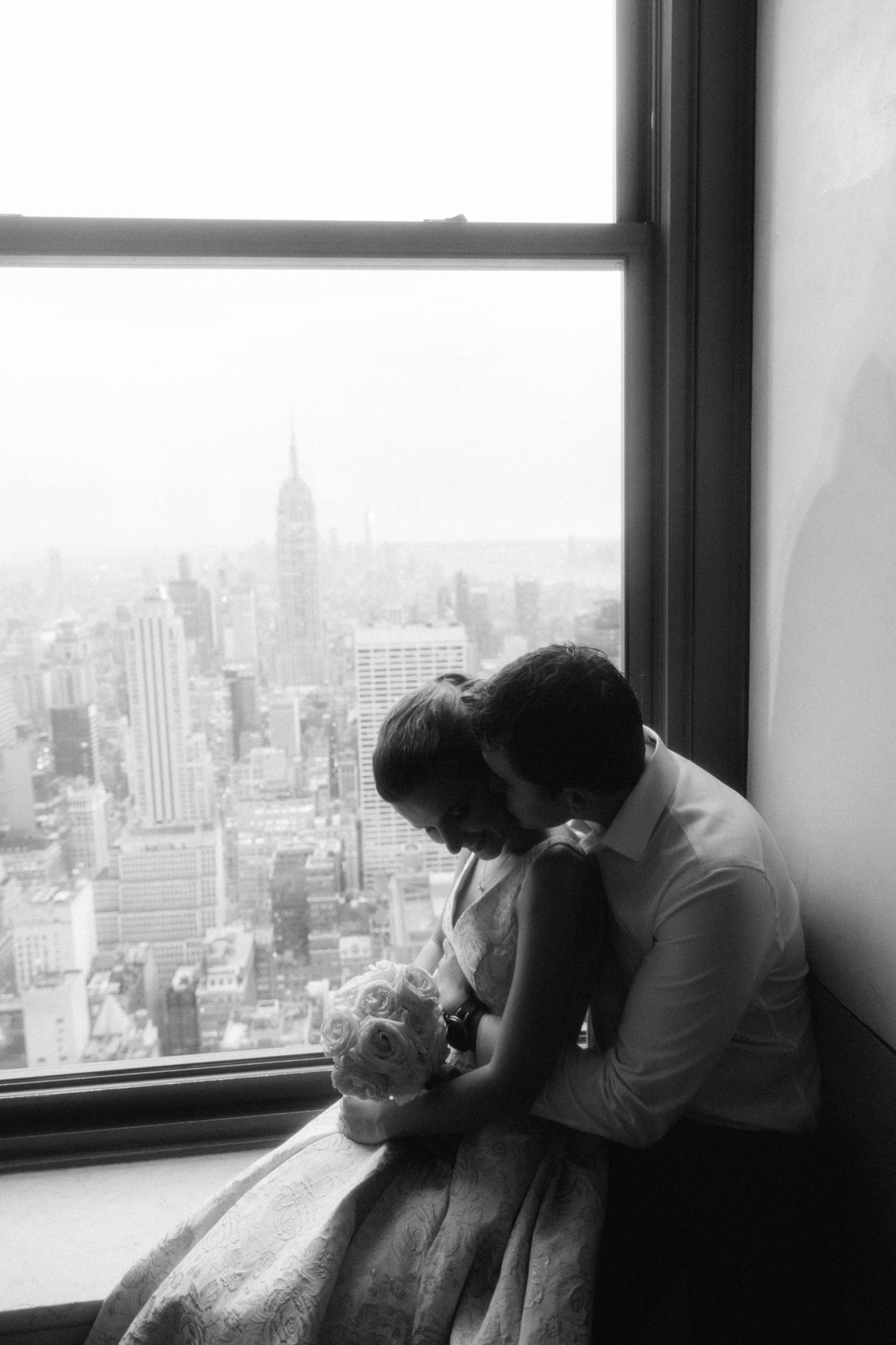 NYC-Top-of-the-Rock-wedding-photos-L&B-29.jpg