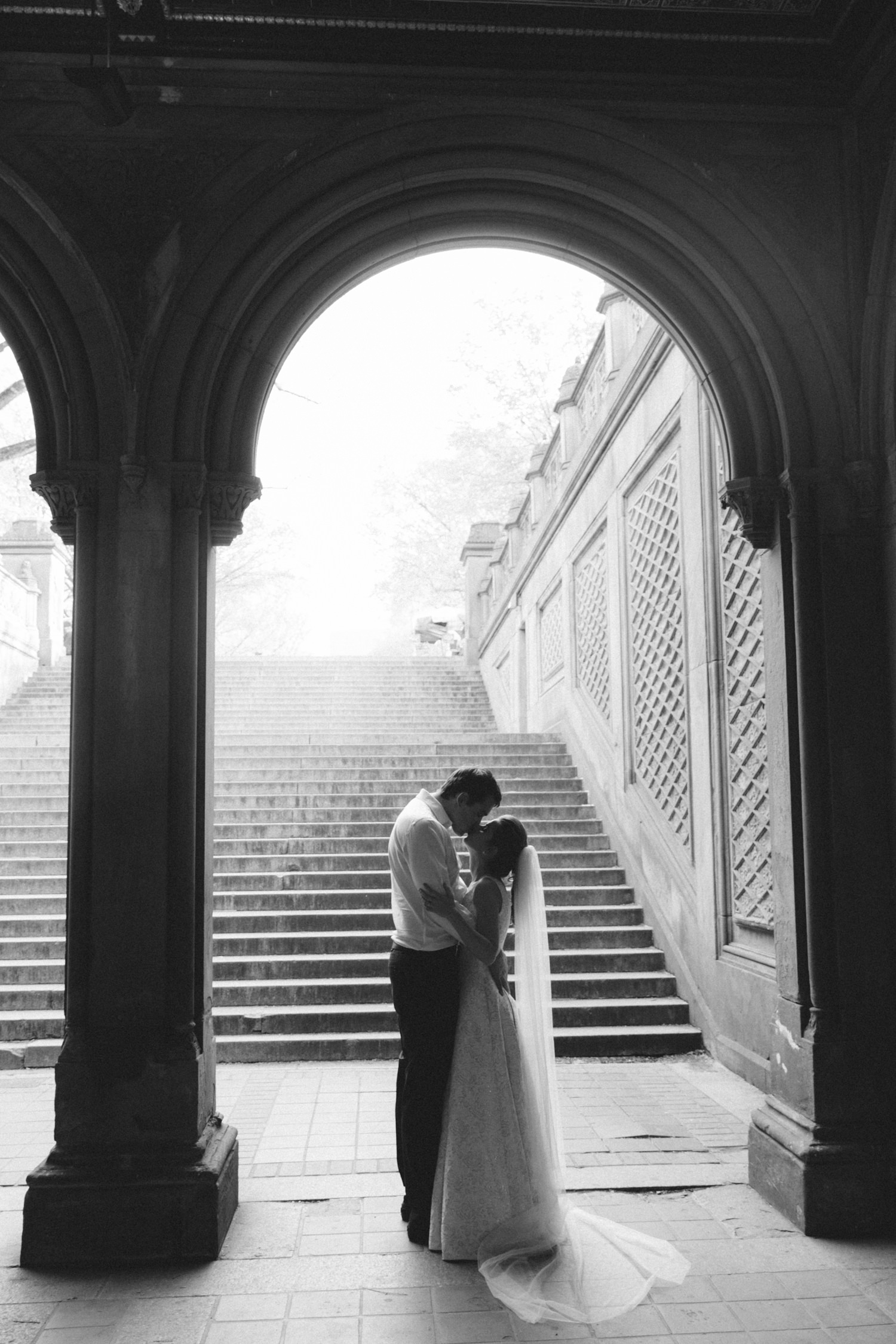 NYC-Top-of-the-Rock-wedding-photos-L&B-14.jpg