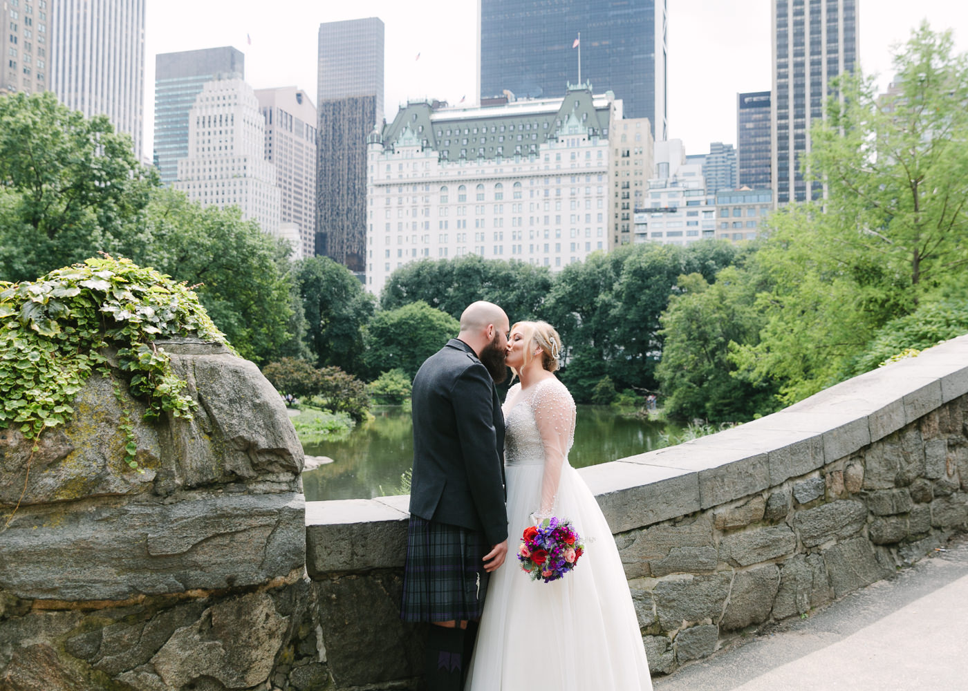 Central Park-Gapstow-bridge-wedding_H&K-148.jpg
