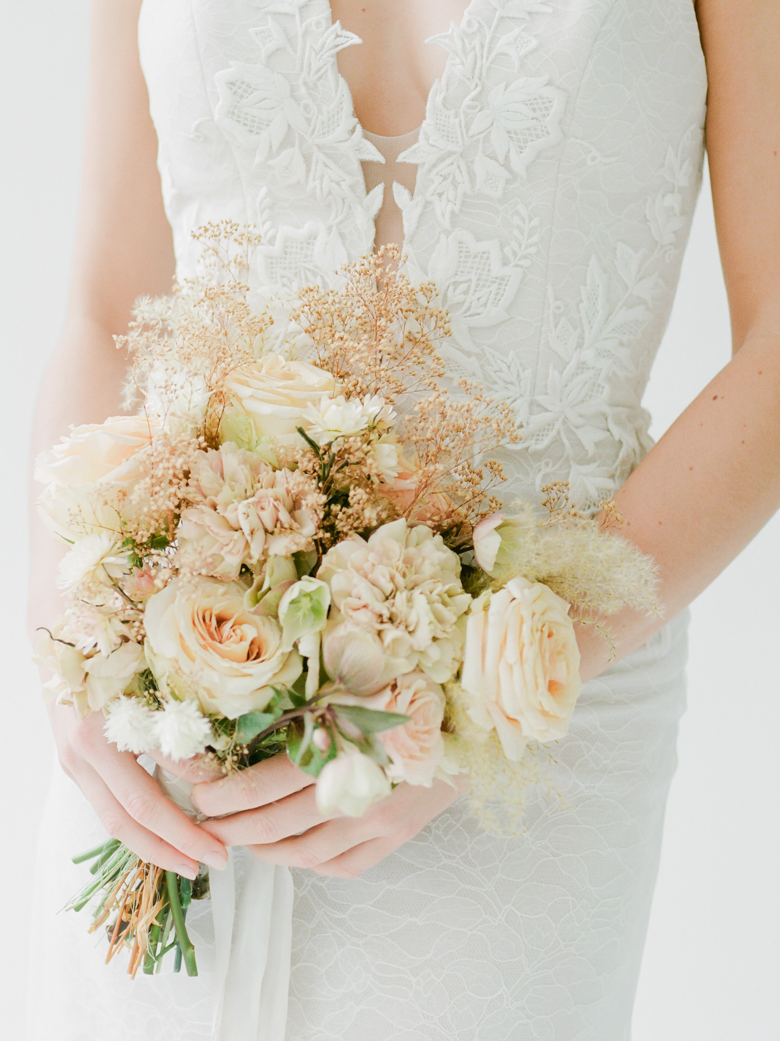 MARINA_SEMONE_2019_BRIDAL_COLLECTION_EDITORIAL-81.jpg