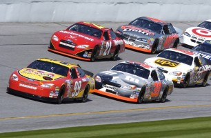 race_racing_cars_215683.jpg