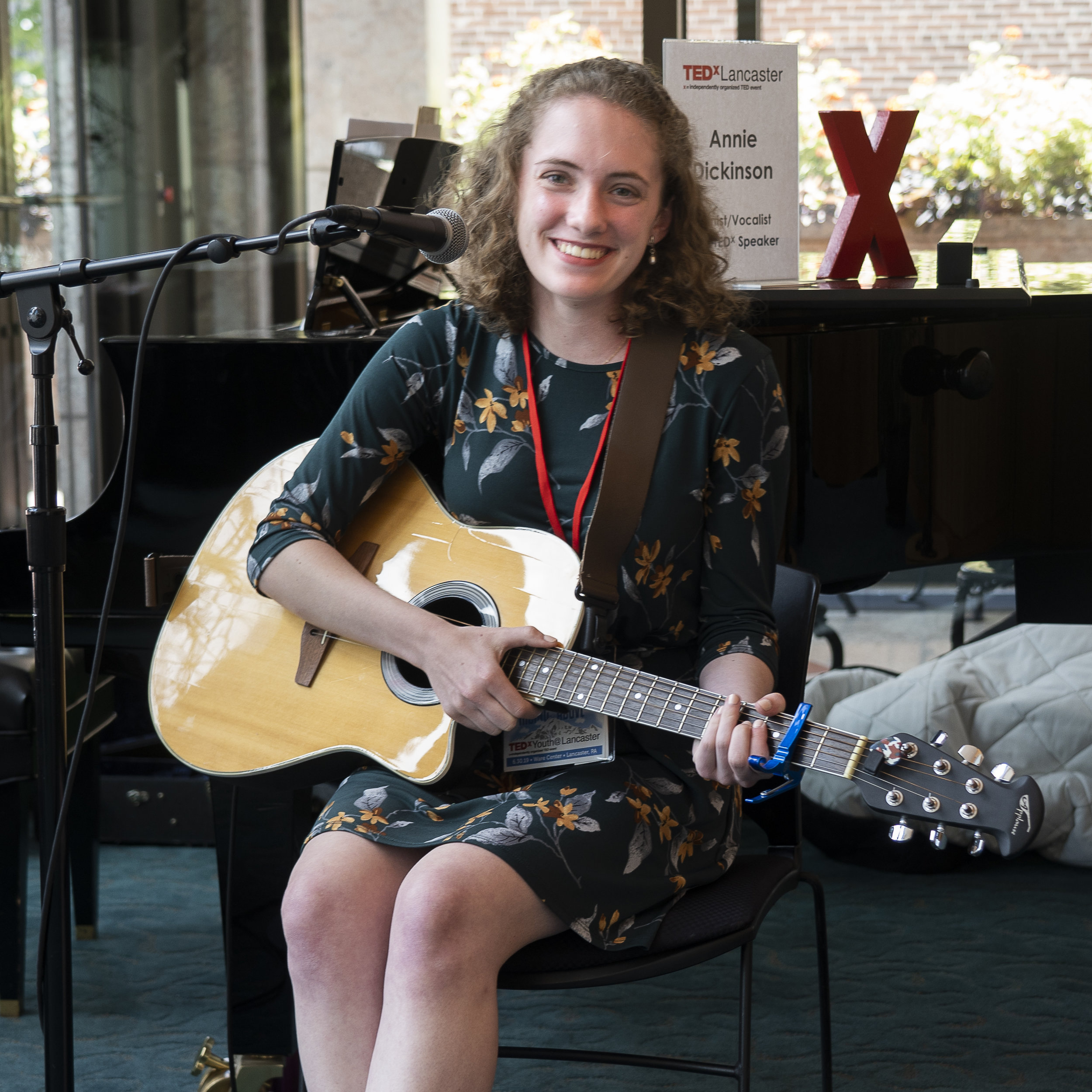 welcome-session-musician-annie-dickinson_48522793317_o.jpg