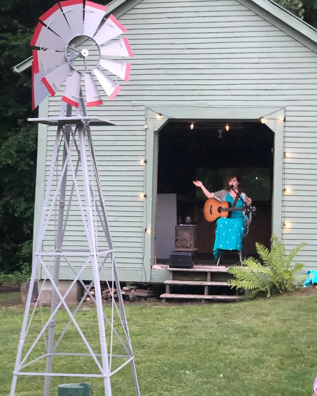 A big thanks to @jconley2 for a fantastic party and concert venue in his ca. 1800s barn. Thank you for being my friend and music supporter. And a very Happy Housewarming to you! May your doorframe always be filled with a smiling neighbor. . . . . 📸 @catie1989