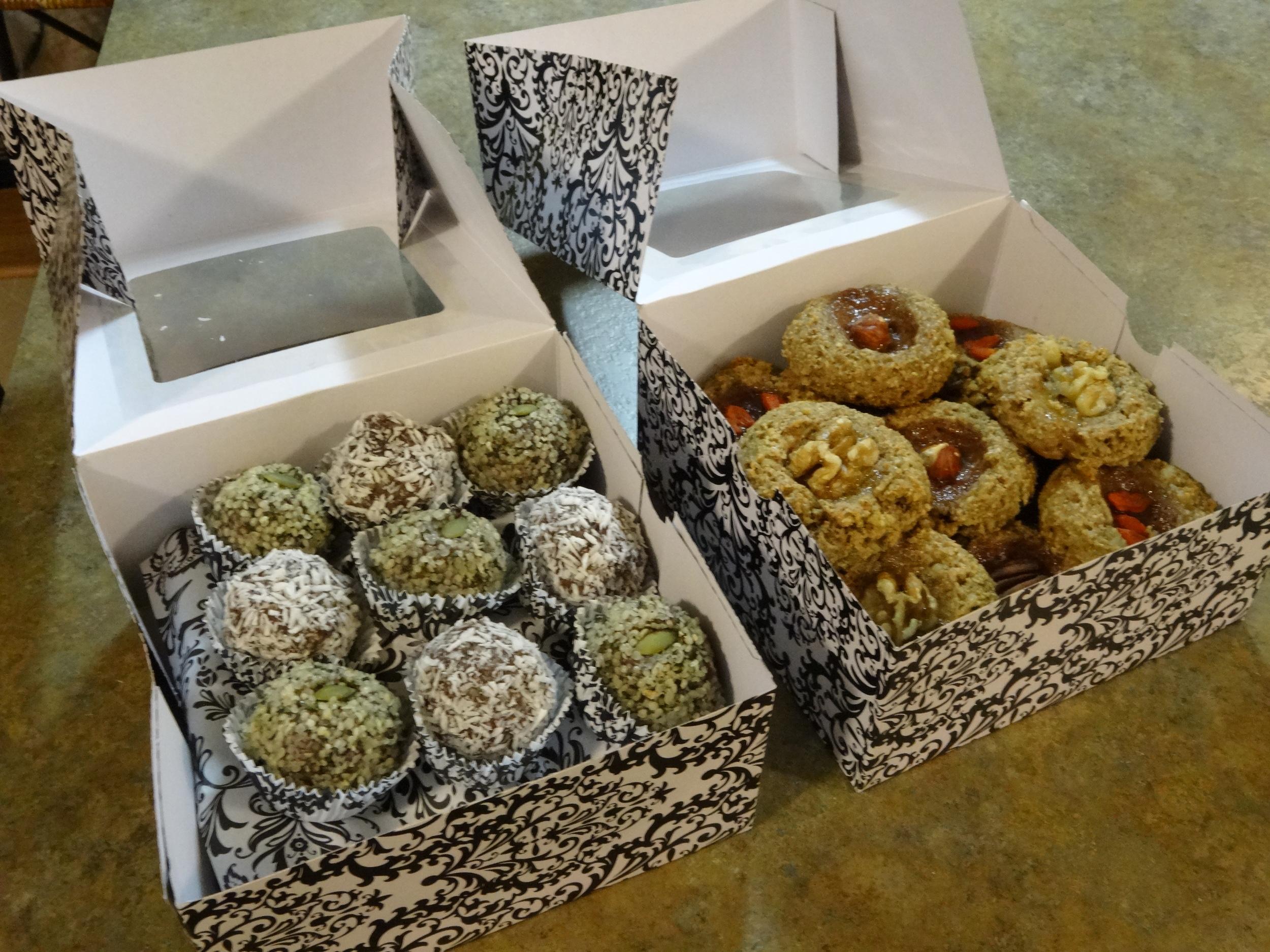 Raw Cacao Energy Balls -Thumbprint Cookies-1.JPG