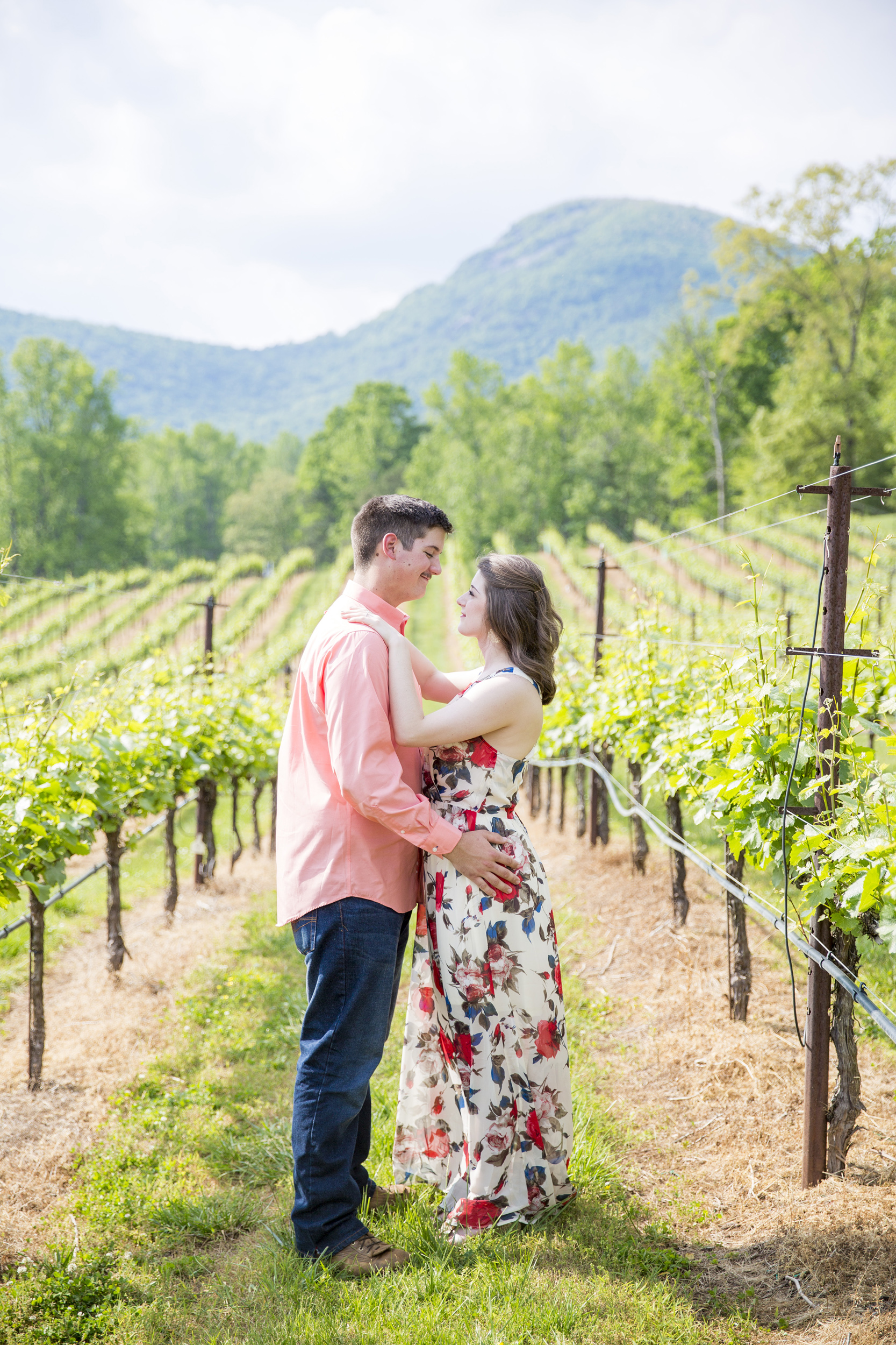 atlanta wedding photography - caity and randy engagement - vineyard1006.jpg