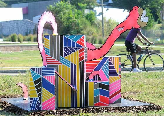 cajacorrea-bylucharodriguezmixedmedia-sitespecific-whiteparkbeltline-bikepath-2012.jpg