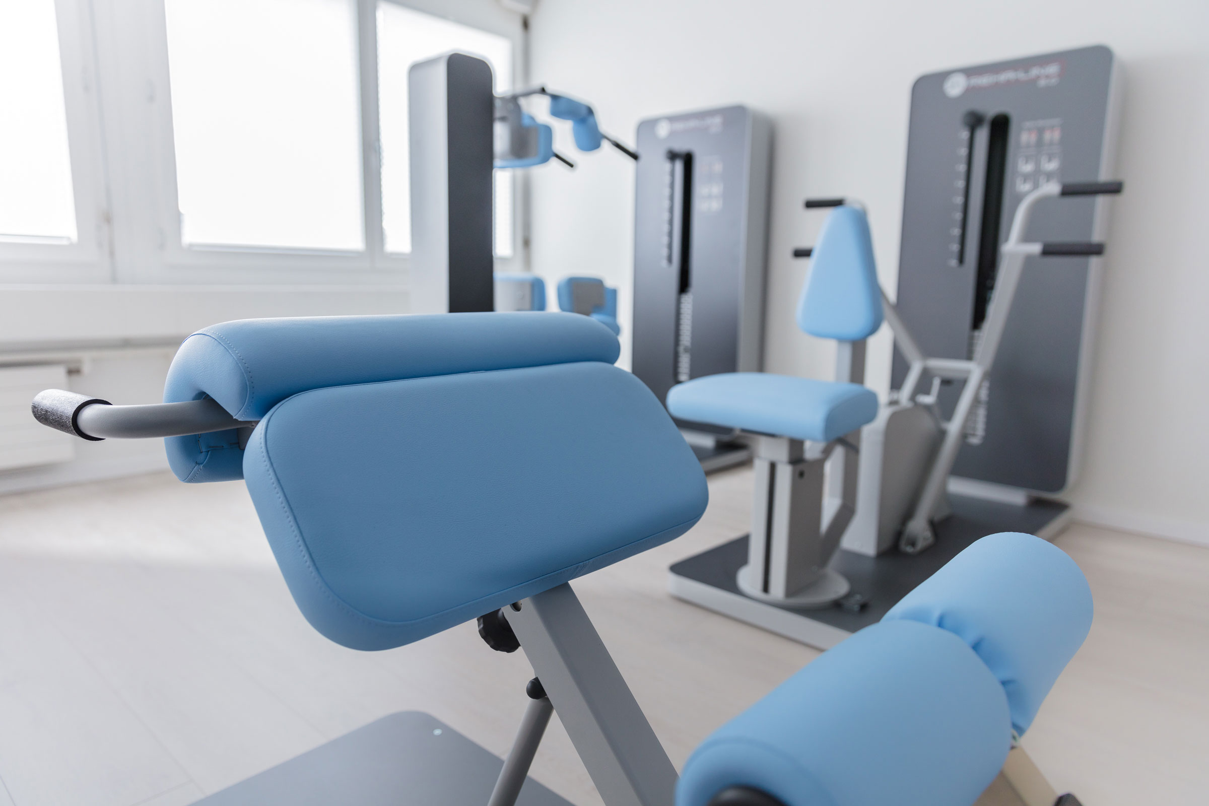physiotherapie-schnyder-kraft-training-web.jpg