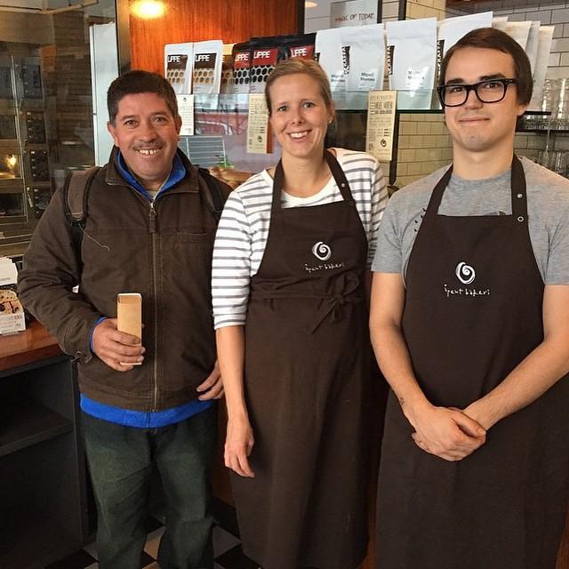 Regram @kaffa_oslo Miguel Moreno er på besøk, du kan nå kjøpe kaffen hans hos Åpent Bakeri #åpentbakeri #miguelmoreno #kaffe #kaffa @labanlars @laurakunicomb